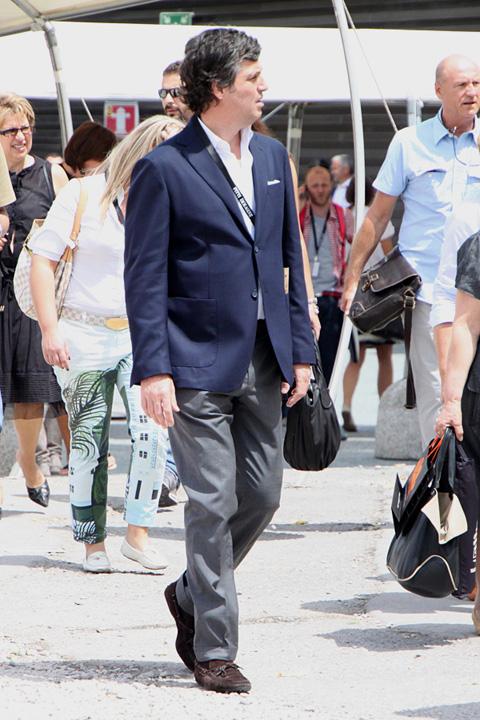 ピッティ2010年6月スナップ 夏のビジネスジャケパンスタイル