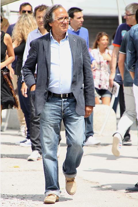 ピッティ2010年6月スナップ 絶妙な着古し加減のジャケデニスタイル
