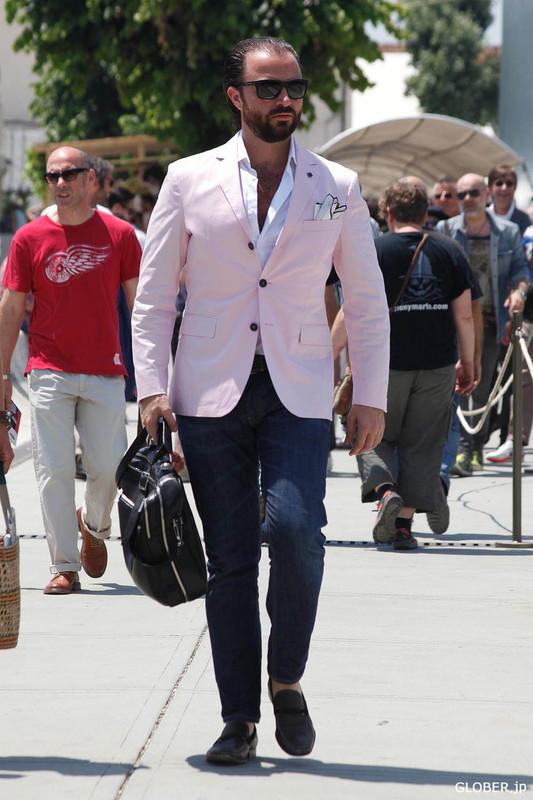 ピンクのジャケット