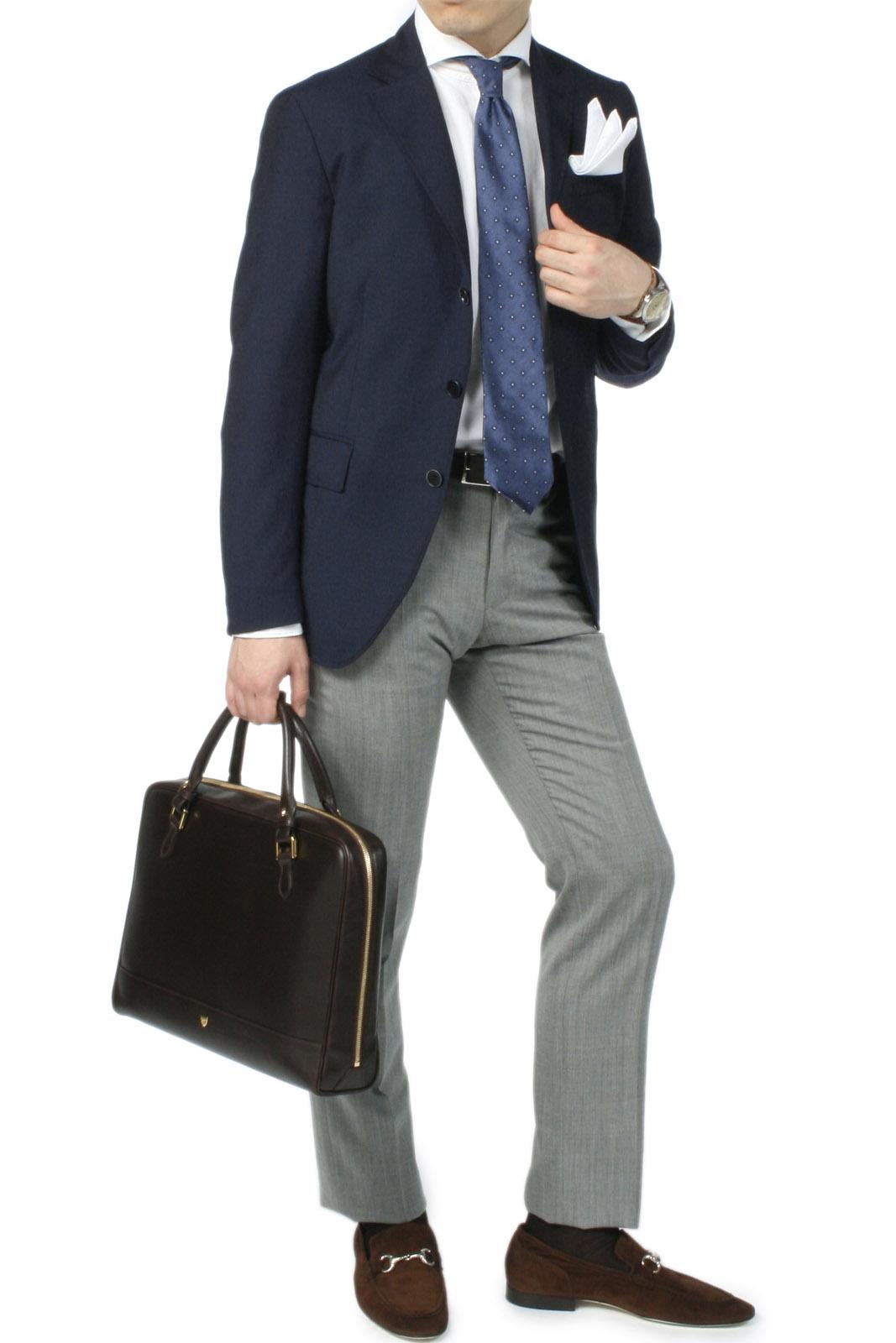 アレッサンドロ・カンタレリのジャケットスタイル