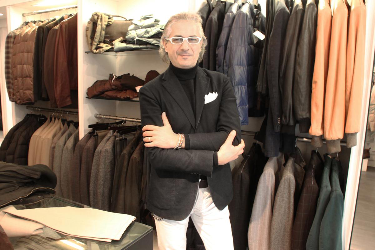 セレクトショップ「ジェニアーリ」オーナーのマリオさんにインタビュー